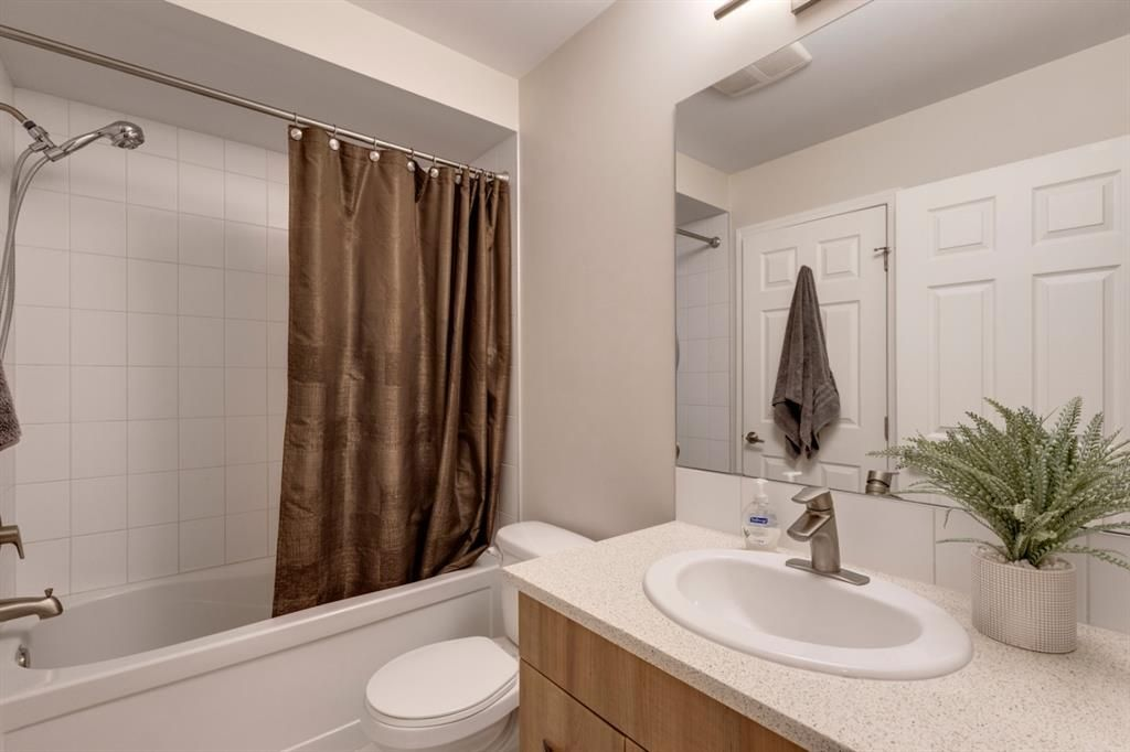 Photo 14: Photos: 108 Windstone Mews SW: Airdrie Row/Townhouse for sale : MLS®# A1142161