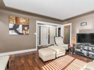 """Photo 4: 3592 KNIGHT Street in Vancouver: Knight House for sale in """"CEDAR COTTAGE"""" (Vancouver East)  : MLS®# R2602203"""