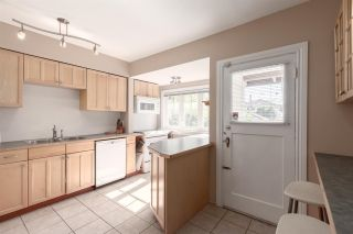 """Photo 10: 2706 W 41ST Avenue in Vancouver: Kerrisdale House for sale in """"Kerrisdale"""" (Vancouver West)  : MLS®# R2583541"""