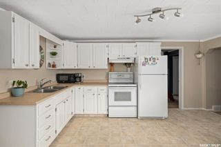 Photo 5: 110 4th Avenue North in Martensville: Residential for sale : MLS®# SK858819