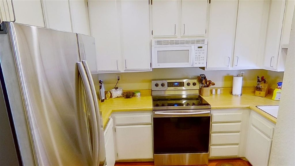 Photo 5: Photos: Condo for sale : 2 bedrooms : 7940 University Ave in La Mesa