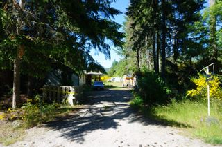 """Photo 5: 5456 DUSTY Road in Sechelt: Sechelt District House for sale in """"EAST PORPOISE BAY"""" (Sunshine Coast)  : MLS®# R2570249"""