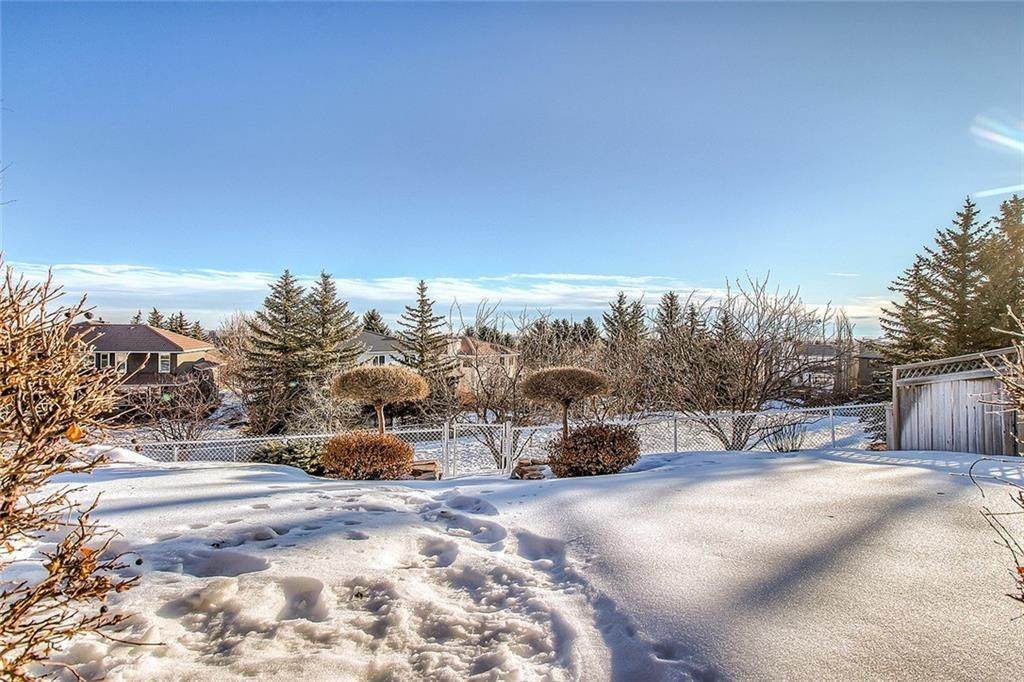Photo 45: Photos: 153 SIGNATURE Close SW in Calgary: Signal Hill Detached for sale : MLS®# C4283177
