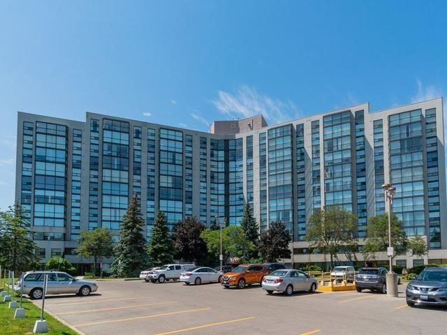 Main Photo: 106 40 Harding Boulevard in Richmond Hill: North Richvale Condo for sale : MLS®# N4392206