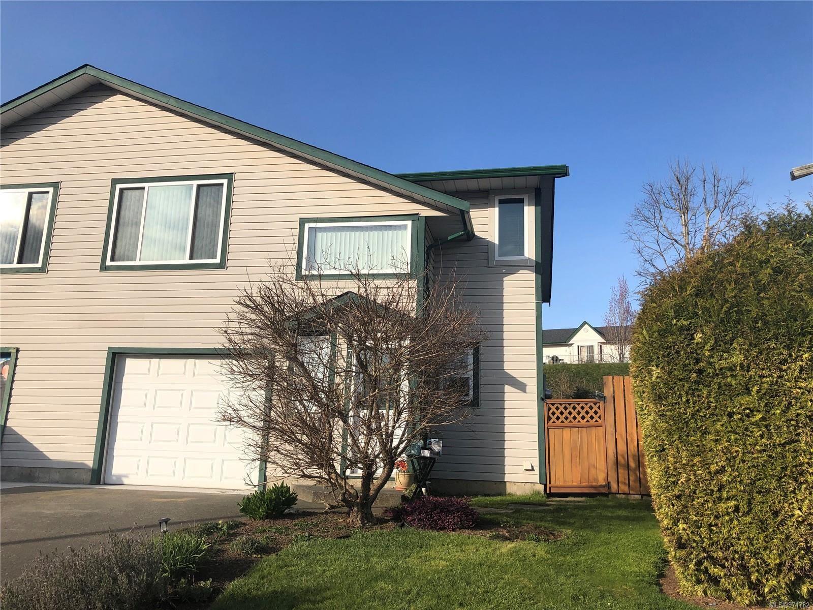 Main Photo: A 2775 Myra Pl in : CV Courtenay East Half Duplex for sale (Comox Valley)  : MLS®# 871782