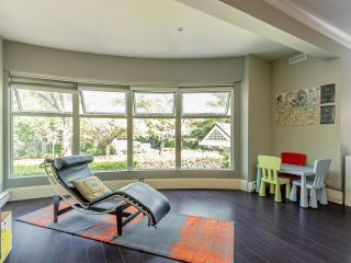 """Photo 6: 203 668 W 16TH Avenue in Vancouver: Cambie Condo for sale in """"The Mansions"""" (Vancouver West)  : MLS®# R2606926"""