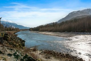 Photo 24: 1370 OAK Place in Squamish: Brackendale House for sale : MLS®# R2614210