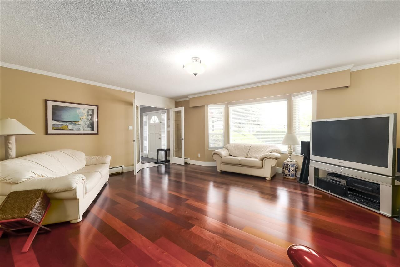 Photo 4: Photos: 10291 MORTFIELD Road in Richmond: South Arm House for sale : MLS®# R2490488