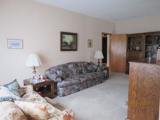 Photo 17: 24 Shannon Estates Terrace SW in Calgary: Shawnessy Row/Townhouse for sale : MLS®# A1102178