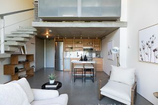"""Photo 9: 508 1540 W 2ND Avenue in Vancouver: False Creek Condo for sale in """"WATERFALL"""" (Vancouver West)  : MLS®# R2594378"""
