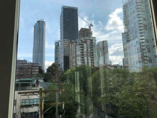 """Photo 10: 501 910 BEACH Avenue in Vancouver: Yaletown Condo for sale in """"910 BEACH"""" (Vancouver West)  : MLS®# R2584313"""