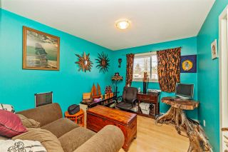 """Photo 12: 7466 LARK Street in Mission: Mission BC House for sale in """"Superstore/ Easy Lougheed Hwy Access"""" : MLS®# R2351956"""