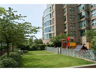 """Photo 8: 309 1188 QUEBEC Street in Vancouver: Mount Pleasant VE Condo for sale in """"CITY GATE"""" (Vancouver East)  : MLS®# V857951"""