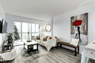 "Photo 3: 1606 1188 HOWE Street in Vancouver: Downtown VW Condo for sale in ""1188 HOWE"" (Vancouver West)  : MLS®# R2553877"