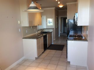 """Photo 6: 507 160 E 13TH Street in North Vancouver: Central Lonsdale Condo for sale in """"The Grande"""" : MLS®# R2103346"""