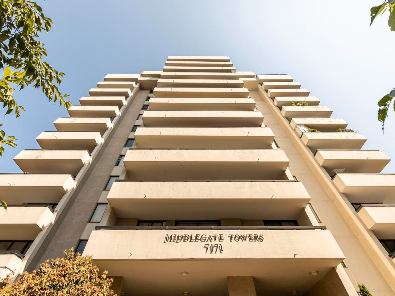 """Main Photo: 305 7171 BERESFORD Street in Burnaby: Highgate Condo for sale in """"MIDDLEGATE TOWERS"""" (Burnaby South)  : MLS®# R2600978"""