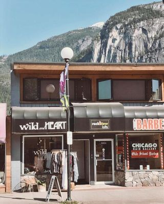 Photo 2: 38036 CLEVELAND Avenue in Squamish: Downtown SQ Business for sale : MLS®# C8038009