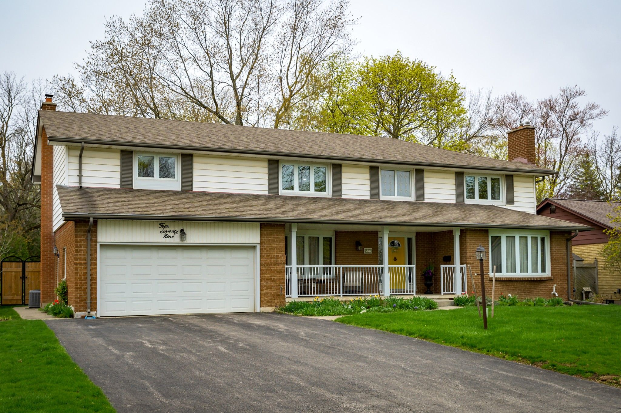 Main Photo: 479 Huntingdon Drive in London: Residential for sale : MLS®# 40101021