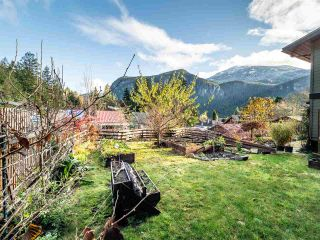 """Photo 28: 1006 PENNYLANE Place in Squamish: Hospital Hill House for sale in """"Hospital Hill"""" : MLS®# R2520358"""