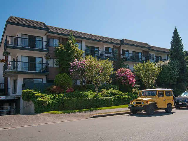 """Main Photo: 202 444 E 6TH Avenue in Vancouver: Mount Pleasant VE Condo for sale in """"TERRACE HEIGHTS"""" (Vancouver East)  : MLS®# V1126560"""