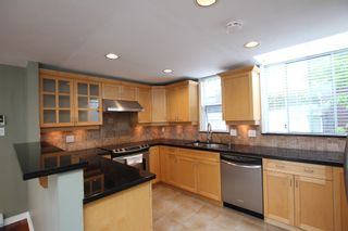 Photo 10:  in : Vancouver West Townhouse for rent : MLS®# AR102