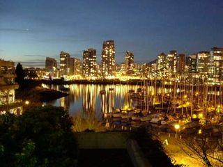 """Photo 1: 327 666 LEG IN BOOT SQ in Vancouver: False Creek Condo for sale in """"LEG IN BOOT SQUARE"""" (Vancouver West)  : MLS®# V581611"""