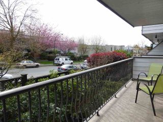 """Photo 13: 229 2033 TRIUMPH Street in Vancouver: Hastings Condo for sale in """"MCKENZIE HOUSE"""" (Vancouver East)  : MLS®# R2073311"""