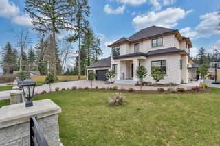 Photo 3: 5725 131A Street in Surrey: Panorama Ridge House for sale : MLS®# R2557701