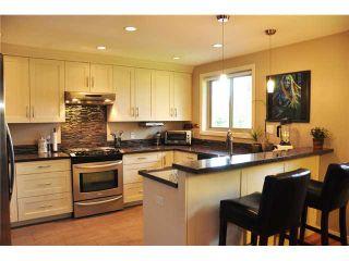 Photo 3: 1033 50B Street in Tsawwassen: Tsawwassen Central House for sale : MLS®# V946783