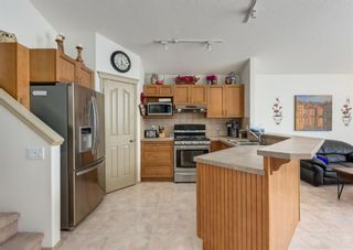 Photo 7: 14 Royal Birch Grove NW in Calgary: Royal Oak Detached for sale : MLS®# A1073749