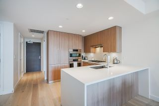 """Photo 10: 402 2738 LIBRARY Lane in North Vancouver: Lynn Valley Condo for sale in """"RESIDENCES AT LYNN VALLEY"""" : MLS®# R2589943"""