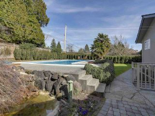 Photo 18: 5495 MORELAND DRIVE in Burnaby: Deer Lake Place House for sale (Burnaby South)  : MLS®# R2247075
