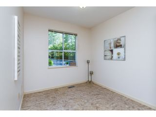 """Photo 4: 101 15439 100 Avenue in Surrey: Guildford Townhouse for sale in """"PLUM TREE LANE"""" (North Surrey)  : MLS®# R2095755"""