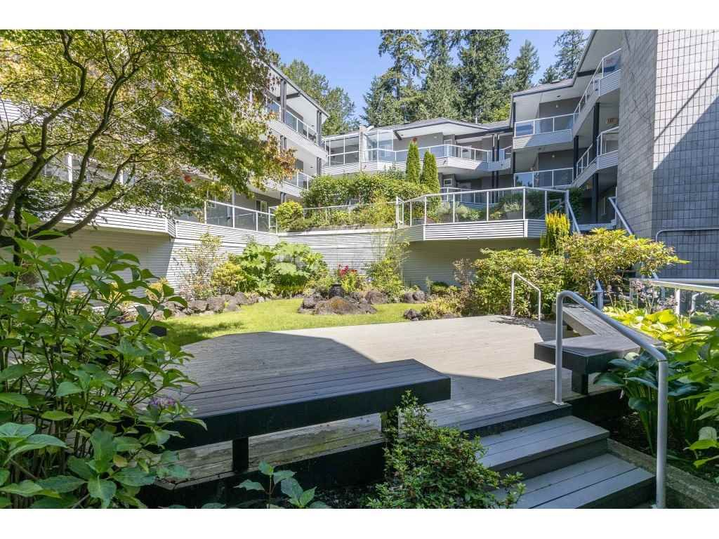 """Main Photo: 102 2733 ATLIN Place in Coquitlam: Coquitlam East Condo for sale in """"ATLIN COURT"""" : MLS®# R2475795"""