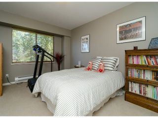 Photo 17: 1456 STEVENS Street: White Rock Townhouse for sale (South Surrey White Rock)  : MLS®# F1400124