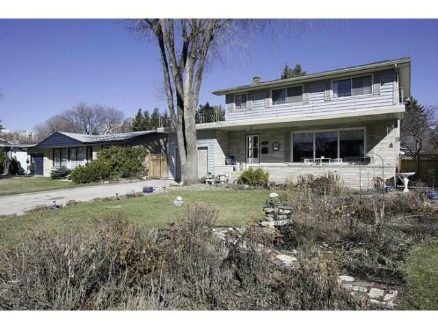 Main Photo: 87 Thatcher Drive in WINNIPEG: Fort Garry / Whyte Ridge / St Norbert Residential for sale (South Winnipeg)  : MLS®# 1308215
