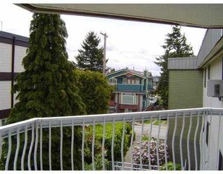 """Photo 9: 301 327 9TH Street in New Westminster: Uptown NW Condo for sale in """"KENNEDY MANOR"""" : MLS®# V831845"""