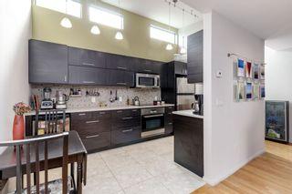 "Photo 2: 306 550 E 6TH Avenue in Vancouver: Mount Pleasant VE Condo for sale in ""LANDMARK GARDENS"" (Vancouver East)  : MLS®# R2350628"