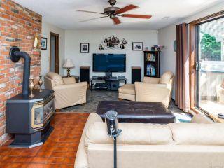 Photo 5: 2081 Noel Ave in COMOX: CV Comox (Town of) House for sale (Comox Valley)  : MLS®# 767626