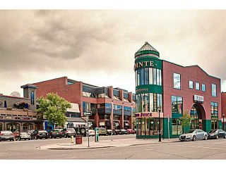 Photo 2: 351 23 Street NW in CALGARY: West Hillhurst Residential Attached for sale (Calgary)  : MLS®# C3617670