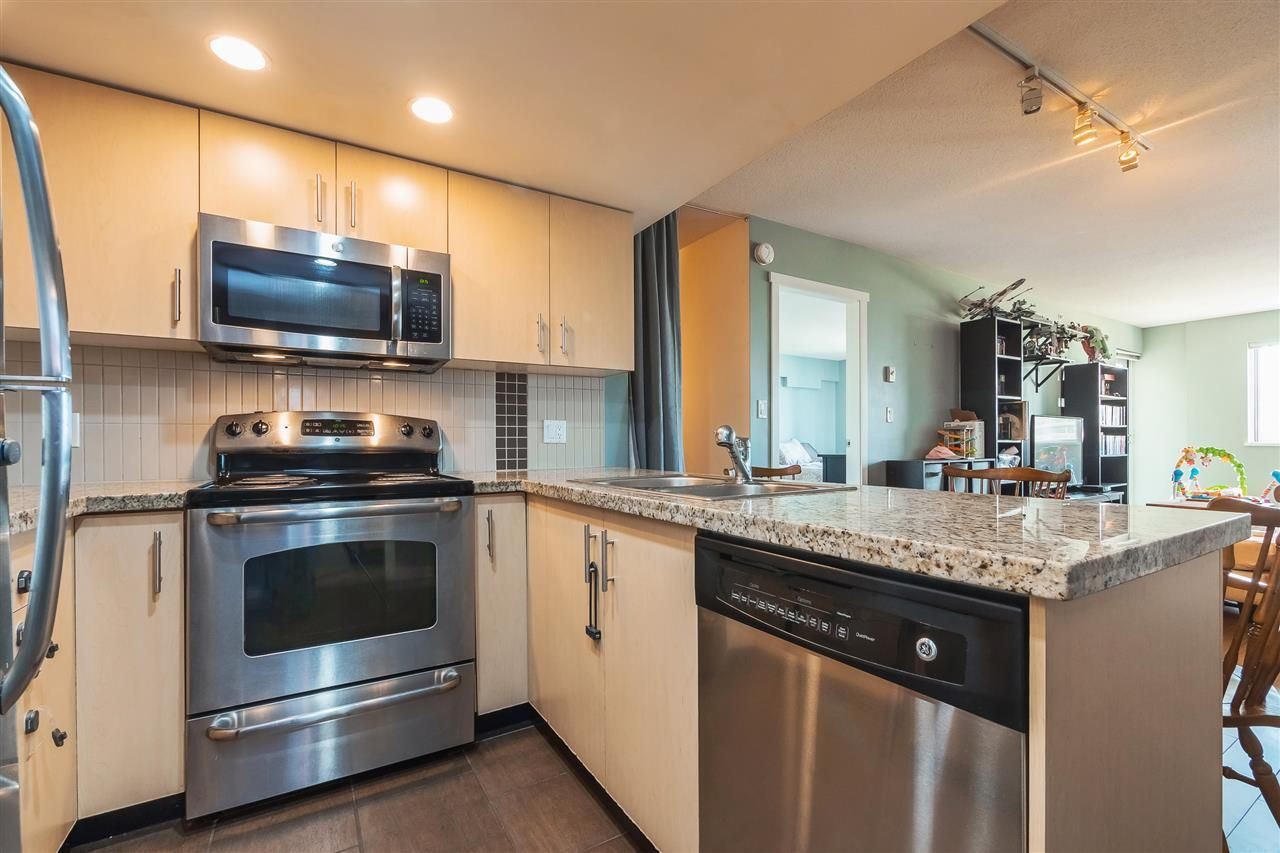 """Main Photo: 608 200 KEARY Street in New Westminster: Sapperton Condo for sale in """"Anvil"""" : MLS®# R2408370"""