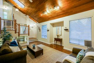 Photo 4: 6499 108A STREET in Delta: Sunshine Hills Woods House for sale (N. Delta)  : MLS®# R2424628