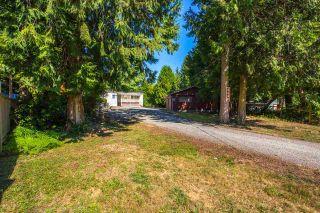 Photo 1: 8142 CEDARWOOD Road in Halfmoon Bay: Halfmn Bay Secret Cv Redroofs House for sale (Sunshine Coast)  : MLS®# R2105291