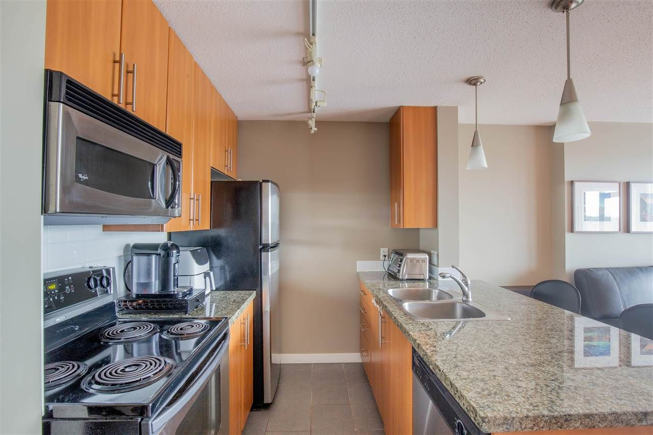 """Photo 5: Photos: 2609 688 ABBOTT Street in Vancouver: Downtown VW Condo for sale in """"FIRENZE ii"""" (Vancouver West)  : MLS®# R2579446"""