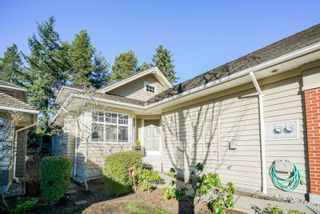 """Photo 2: 75 15500 ROSEMARY HEIGHTS Crescent in Surrey: Morgan Creek Townhouse for sale in """"CARRINGTOON"""" (South Surrey White Rock)  : MLS®# R2238991"""