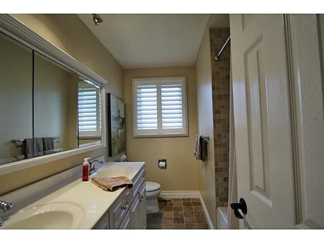 Photo 17: Photos: 5 CAMPFIRE CT in BARRIE: House for sale : MLS®# 1403506