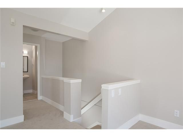Photo 18: Photos: 1 241 E 4TH Street in North Vancouver: Lower Lonsdale Townhouse for sale : MLS®# V1062566