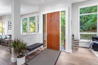 Photo 6: 836 Haliburton Rd in Saanich: SE Cordova Bay House for sale (Saanich East)  : MLS®# 887149