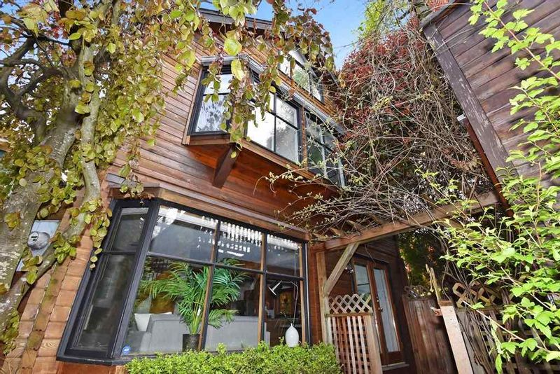 FEATURED LISTING: 2648 5TH Avenue West Vancouver