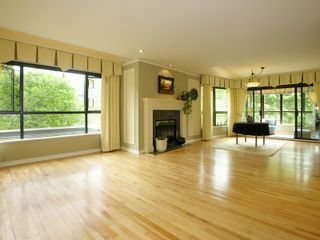 Photo 4: 101 1736 10TH Ave in Vancouver West: Fairview VW Home for sale ()  : MLS®# V770840